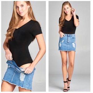 Tops - Black V Neck Pocket Tee Bodysuit